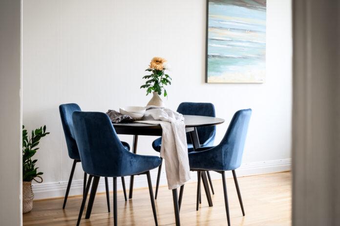 Valgomojo kėdės ir kaip jas derinti